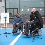 Sławomir Piechota i Piotr Pawłowski podczas konferencji prasowej na parkingu Galerii Mokotów